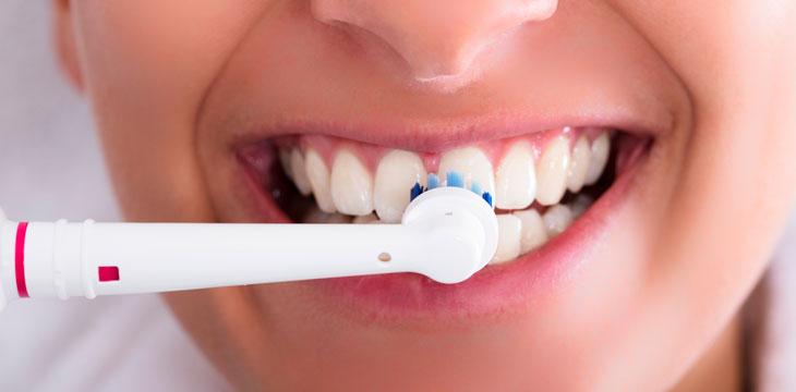 Cómo elegir un cepillo de dientes - Belleza y bienestar c54684a10caf