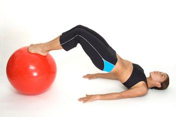 Fitball para glúteos y piernas