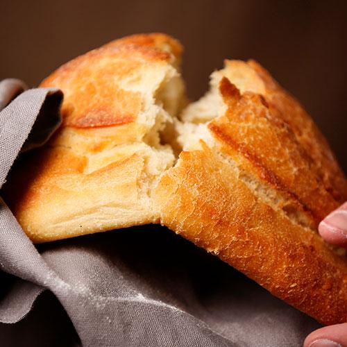 Fuentes hidratos de carbono: pan
