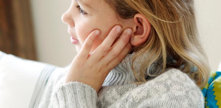 ¿Cuáles son los síntomas de un colesteatoma?