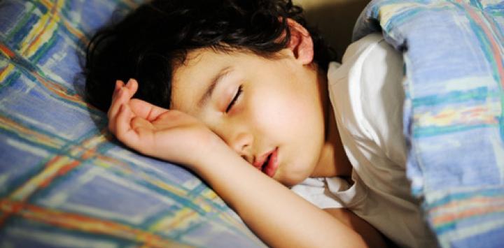 Los niños que roncan deben someterse a tratamiento