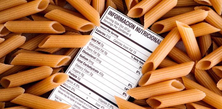Alimentos mostrando su información nutricional
