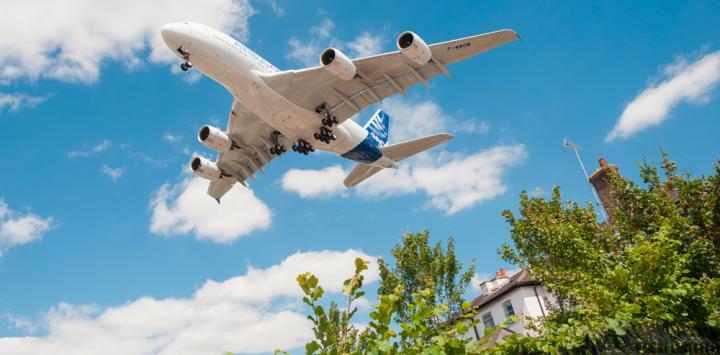 Asocian la exposición al ruido de aviones con hipertensión arterial