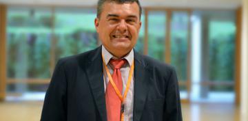 Dr. Carlos Ferrer Albiach
