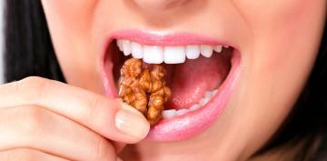 Las nueces pueden ralentizar el cáncer de colon