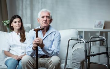 Ancianos de alto riesgo, Ayudas y cuidados para ellos