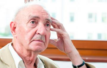 Hombre mayor padece demencia con cuerpos de Lewy