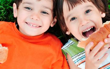 Almuerzos y meriendas para los niños