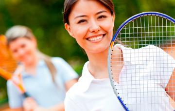 Cómo elegir la raqueta de tenis adecuada