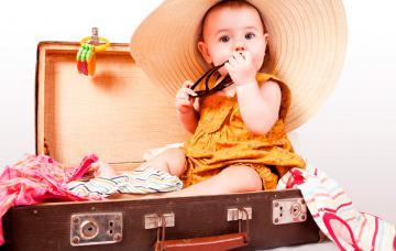 Kit básico de viaje con el bebé