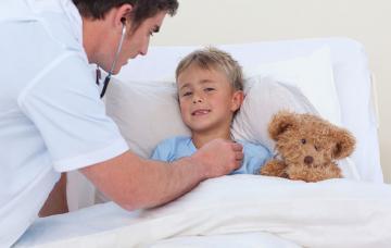 Niño con fibrosis quística