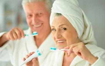 Higiene bucodental en personas mayores