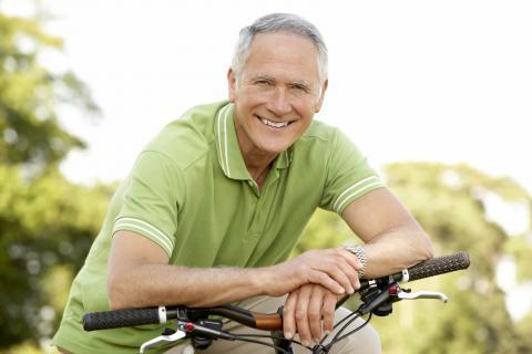 Montar en bicicleta, recomendado para pacientes con osteoporosis
