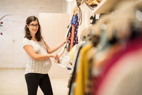 Consejos para comprar ropa premamá