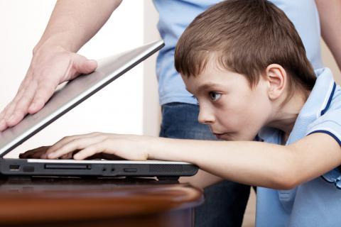 Prevenir adicción a internet