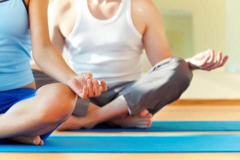 Tipos de yoga más practicados - Ejercicio y deporte 85a51dfd7153