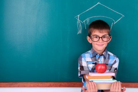 Cómo ayudar y educar a un niño superdotado