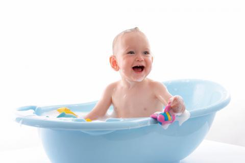 Elegir ba era para el beb beb s y ni os for Banera bebe para banera