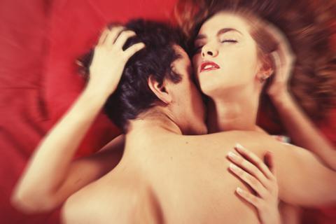 Por qué fingimos los orgasmos