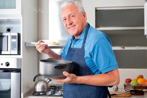 Aprende a cocinar a los 60 c mo preparar men s sencillos for Como aprender a cocinar