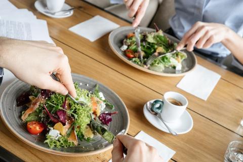 Comer Fuera De Casa Sin Engordar Dieta Y Nutrición