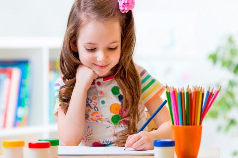 Niño zurdo, cómo ayudarle en casa y en la escuela