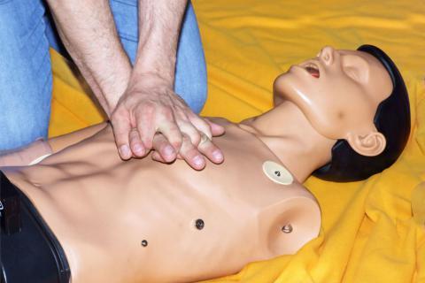 Qué es la reanimación cardiopulmonar