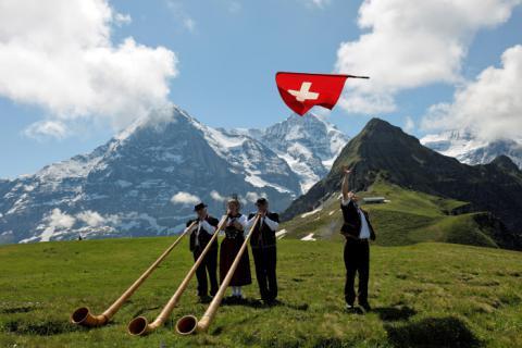 Suiza para mayores, más que lujo y nieve