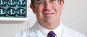 Dr. Carlos Núñez