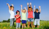 Estar al aire libre reduce el riesgo de miopía en niños