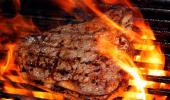Carne en la barbacoa