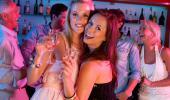 Alertan del riesgo para la salud de la drunkorexia