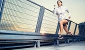 Chica practicando de running