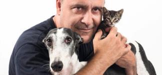 Carlos Rodríguez: guía para una adopción responsable de mascotas