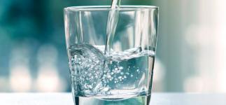 Agua y salud: cómo cubrir tus necesidades diarias