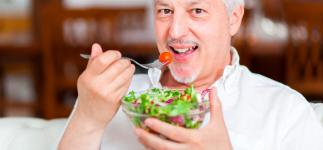 Dieta para la litiasis biliar: alimentos y consejos para reducir las grasas