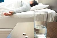 Tomar somníferos aumenta el riesgo de fracturas en los mayores