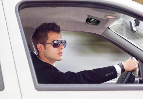 4b09582ad6 Gafas de sol para conducir, por qué debes llevarlas y cuáles elegir