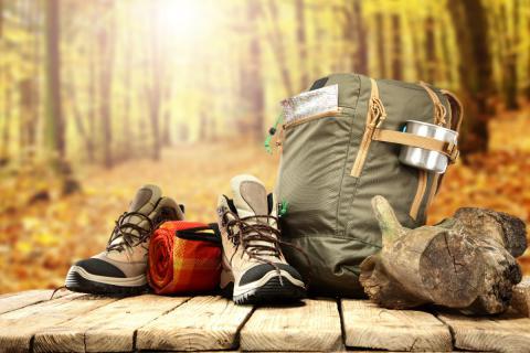 Botas y material necesario para practicar senderismo