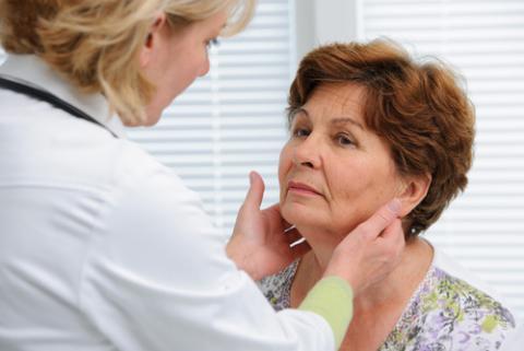 causas de hipotiroidismo adquirido