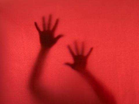 Claustrofobia, qué es y causas: te ayudamos a encontrar la salida