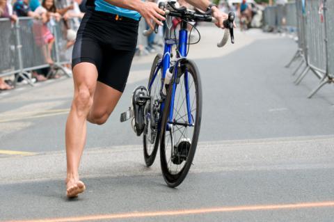 b933b7a21a7 Material necesario para practicar triatlón - Ejercicio y deporte