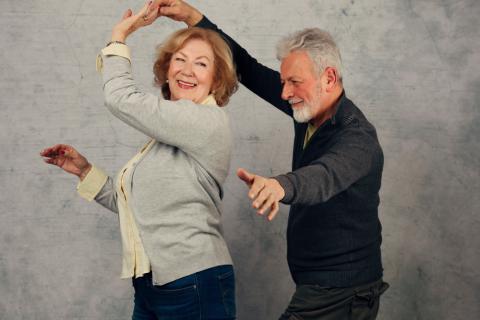 2eb3a0c099c Bailes de salón para la tercera edad: tipos, beneficios y consejos