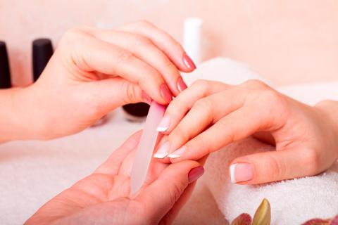 Manicura perfecta: cuidados diarios básicos para uñas y manos