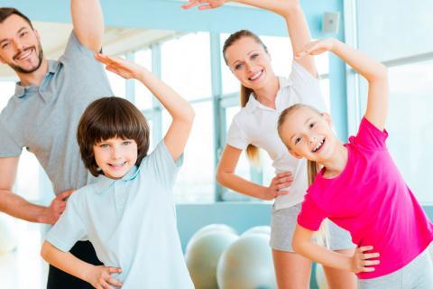 Fomentar que tu hijo haga ejercicio mejora sus notas y su autoestima