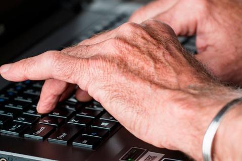 Prueban con éxito un nuevo fármaco para tratar la artritis reumatoide 1a599f22f2f3