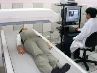 Cómo se hace la densitometría ósea